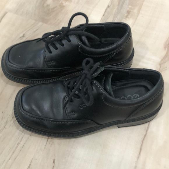 Ecco Shoes   Boys Excellent Condition